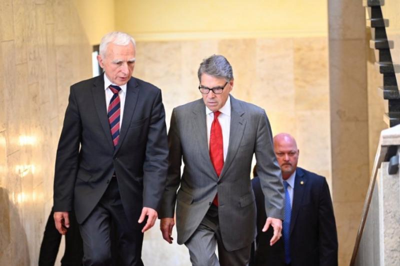 США скеровує в Україну експертів, які допомагатимуть у вирішенні потреб опалювального сезону