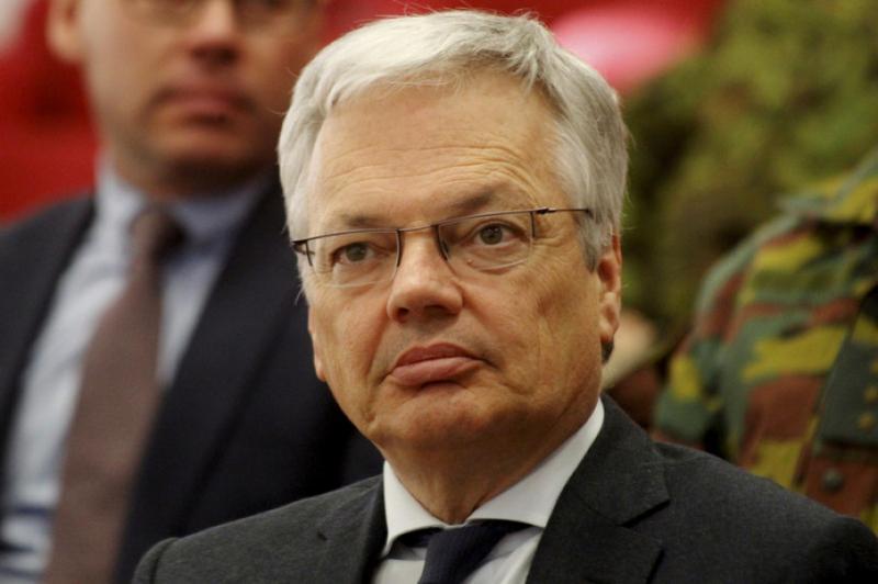 Главу МЗС Бельгії підозрюють у корупції