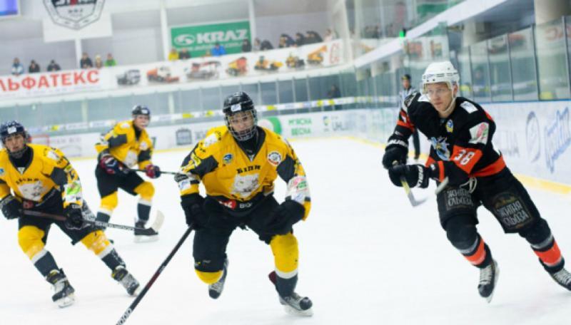 У новому чемпіонаті України з хокею зіграно усі матчі першого туру