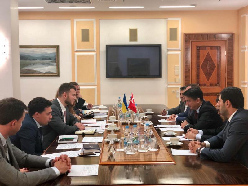 Владислав Криклій провів зустріч із Надзвичайним і Повноважним Послом Республіки Туреччина в Україні паном Ягмур Ахмет Гульдере