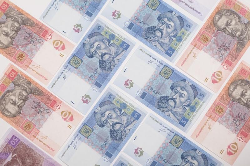 Курси валют у банках: Долар - 24,30 гривень, євро - 26,70 гривень