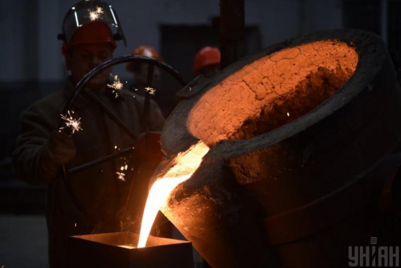 Зниження промислового виробництва в серпні прискорилося до 1,7%, - Держстат
