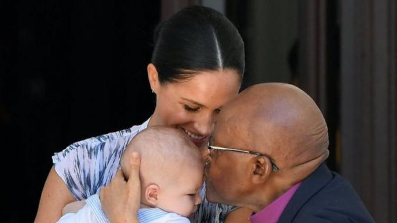 Сина принца Гаррі і Меган Маркл вперше представили публіці