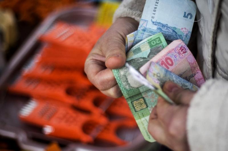 Що дає економіці зміцнення гривні і чим небезпечна її девальвація