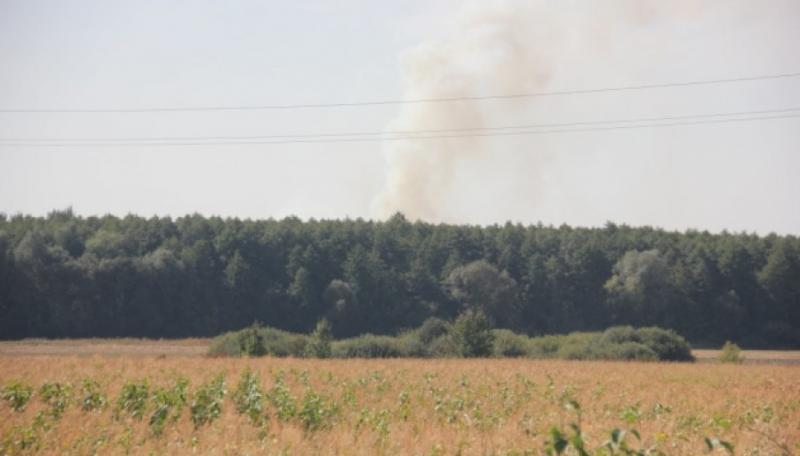Пожежа біля арсеналу на Вінниччині: З Калинівки та сусіднього села можуть евакуювати дітей