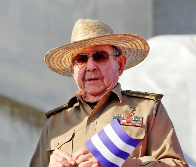 Twitter заблокував акаунти Рауля Кастро та Компартії Куби