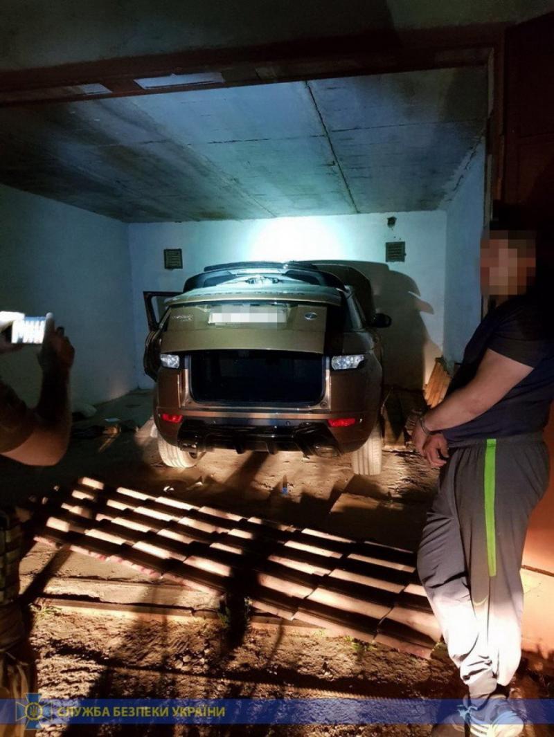 СБУ затримала угрупування елітних автовикрадачів