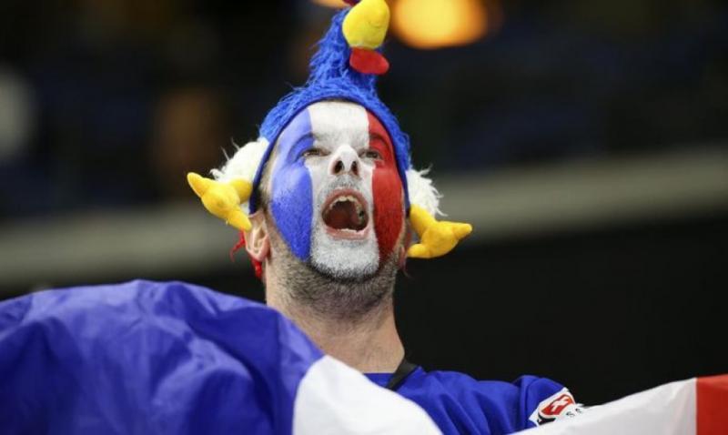 УЄФА може оштрафувати збірну Франції за затримку матчу відбору на Євро-2020 проти Албанії