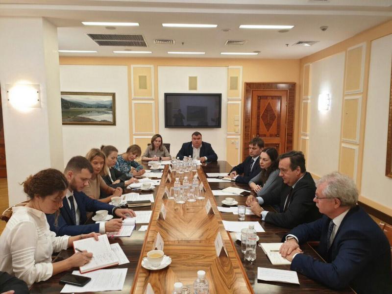 Владислав Криклій провів зустріч із Головою представництва Європейського інвестиційного банку в Україні Жан-Еріком де Загоном