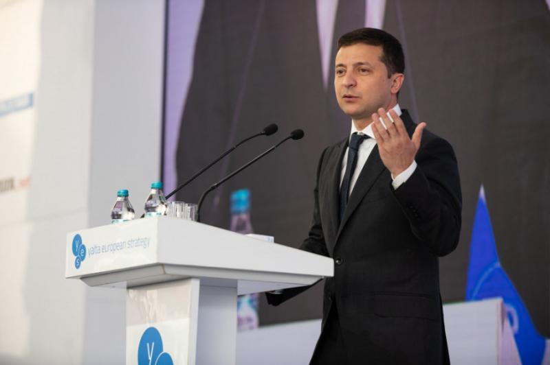 """""""Ви втрачаєте гроші – ми втрачаємо людей"""": Зеленський закликав Захід не знімати санкції з РФ"""