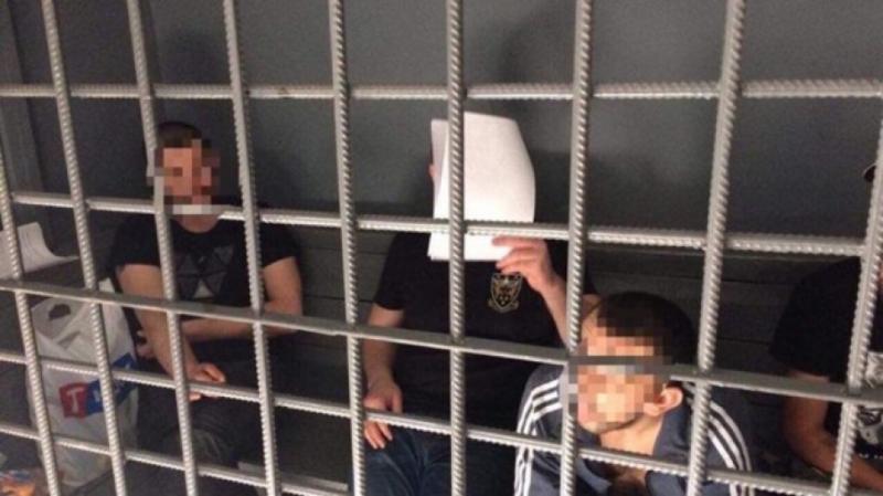 """У Києві троє """"клофелінщиків"""" труїли та грабували людей"""