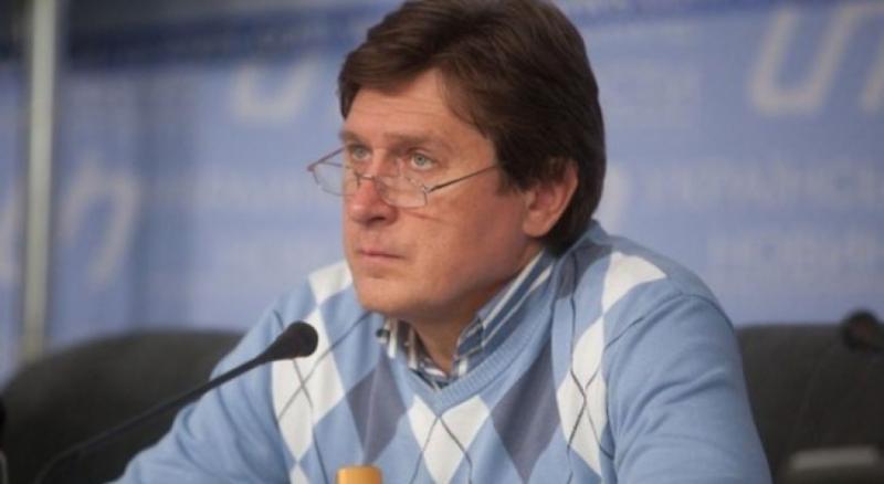 Зв'язок Зеленського з Коломойським істотно послаблює позиції президента на міжнародній арені, - Фесенко