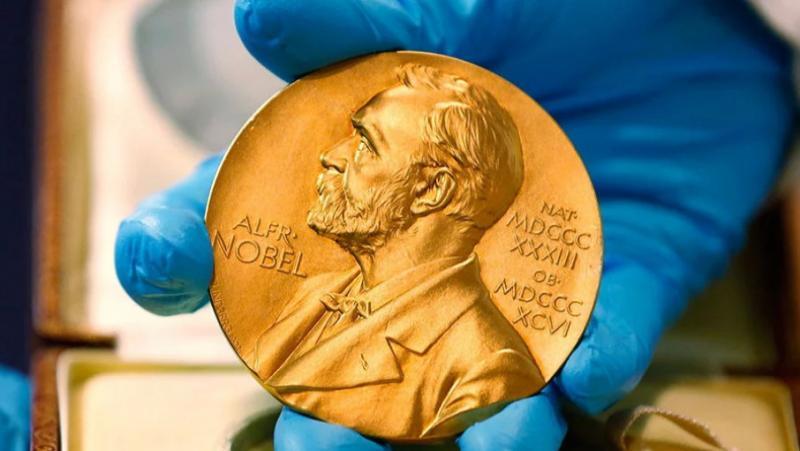 Нобелівську премію з фізики присудили за відкриття екзопланет та у теоретичній космології