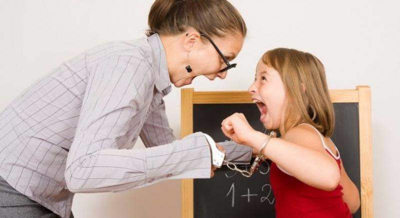 Виховательці дитсадка, яка знущалась над дітьми, оголосили про підозру