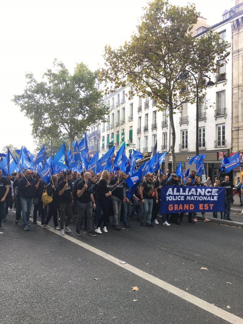 Французькі поліцейські вийшли на найбільший за 20 років протест