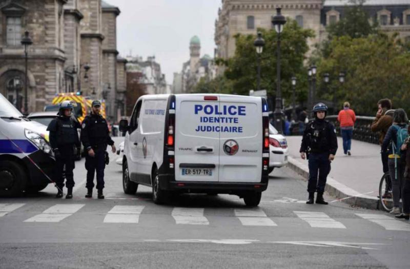 Напад на поліцейських у Парижі: Хто вбив чотирьох правоохоронців