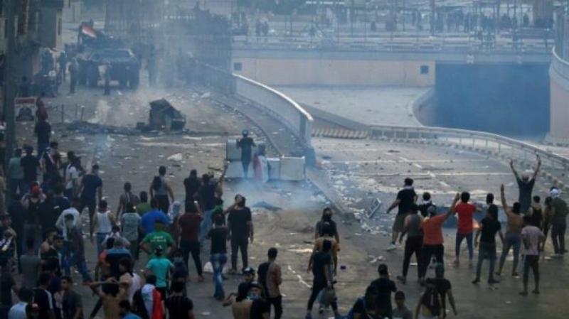 Війна з бідністю та антисанітарією: Що відомо про протести в Іраку