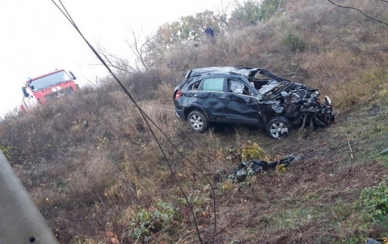 ДТП на Кіровоградщині: автомобіль злетів з моста і потрапив під поїзд
