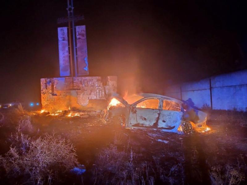 На Одещині у палаючому легковику знайшли двох загиблих