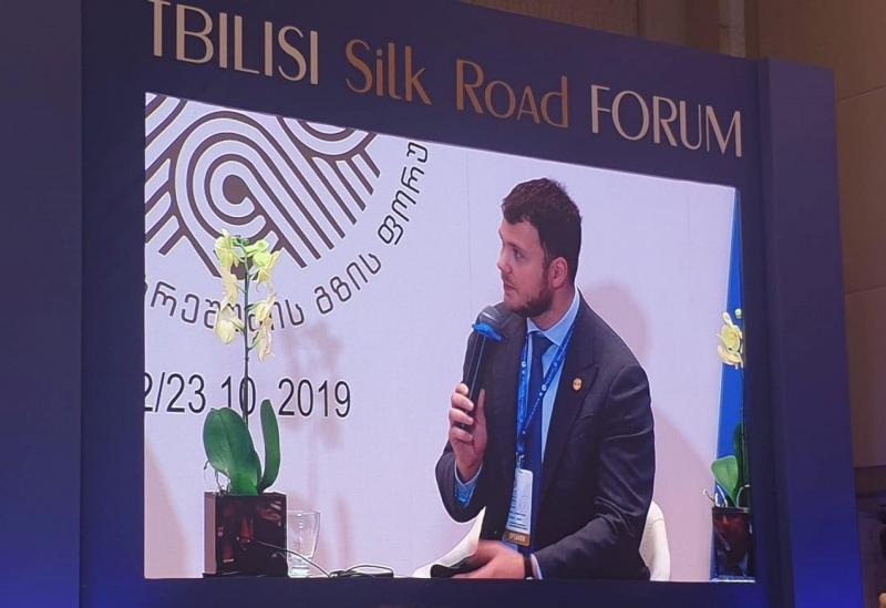 Усі гілки влади України спільно працюють над реалізацією реформ, - Владислав Криклій