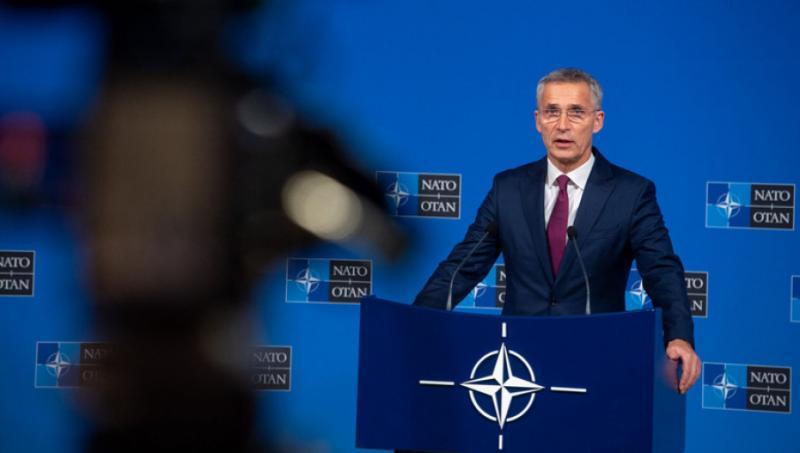 Столтенберг назвав анексію Криму гібридною тактикою Росії