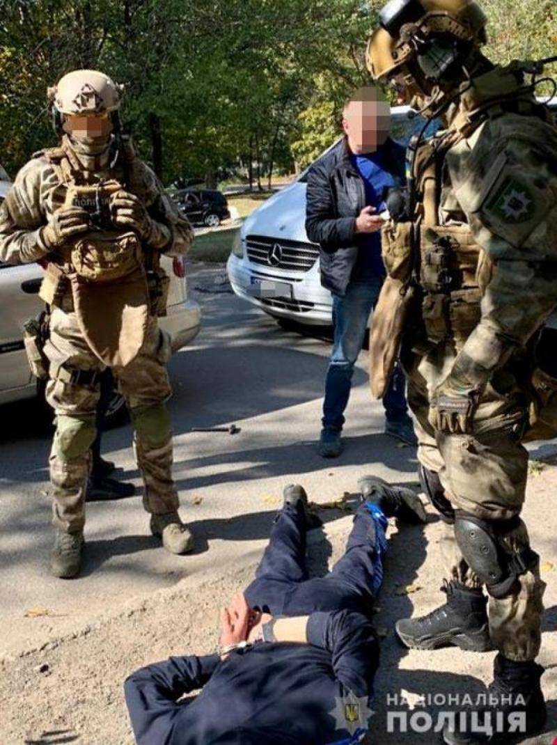 Грабіжників-рецидивістів, які орудували в Дніпрі, затримано