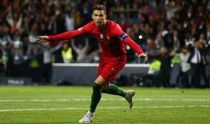 Португальський футболіст Кріштіану Роналду забив 700-й гол за кар'єру