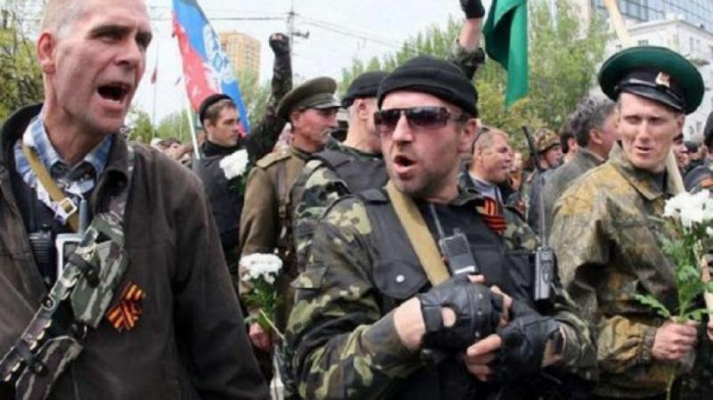 Військових в ОРДЛО без російського громадянства планують звільняти, - розвідка