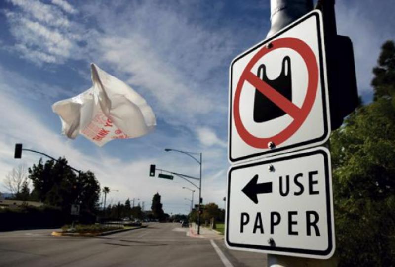 Комітет Верховної Ради підтримав законопроєкт про заборону пластикових пакетів