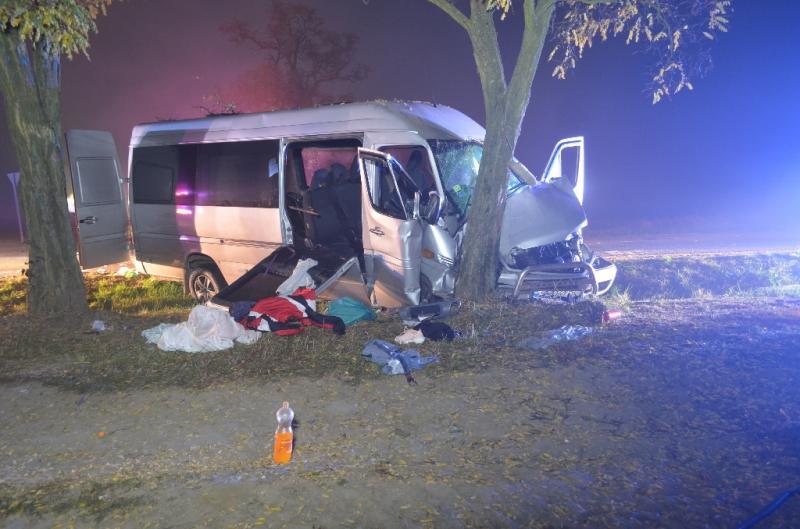 В Угорщині в аварію потрапив мікроавтобус з українцями, десять постраждалих