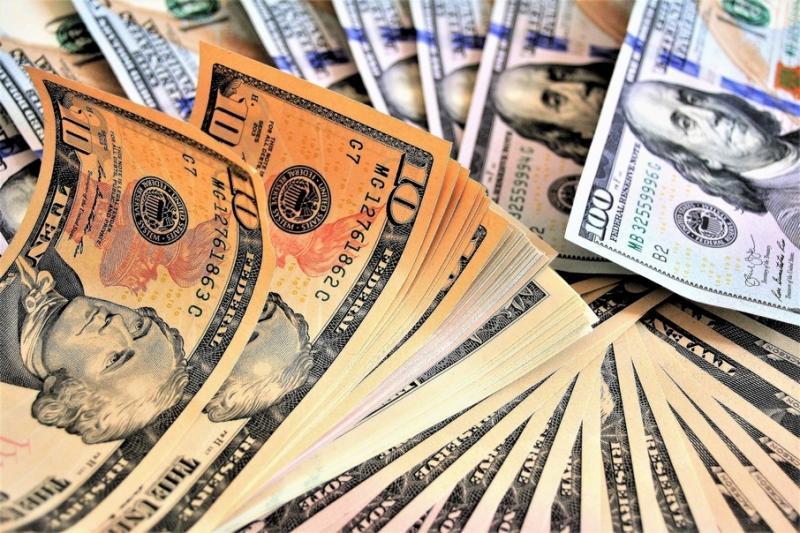 Міжбанк відкрився доларом по 24,54 гривень, євро - по 27,01 гривень