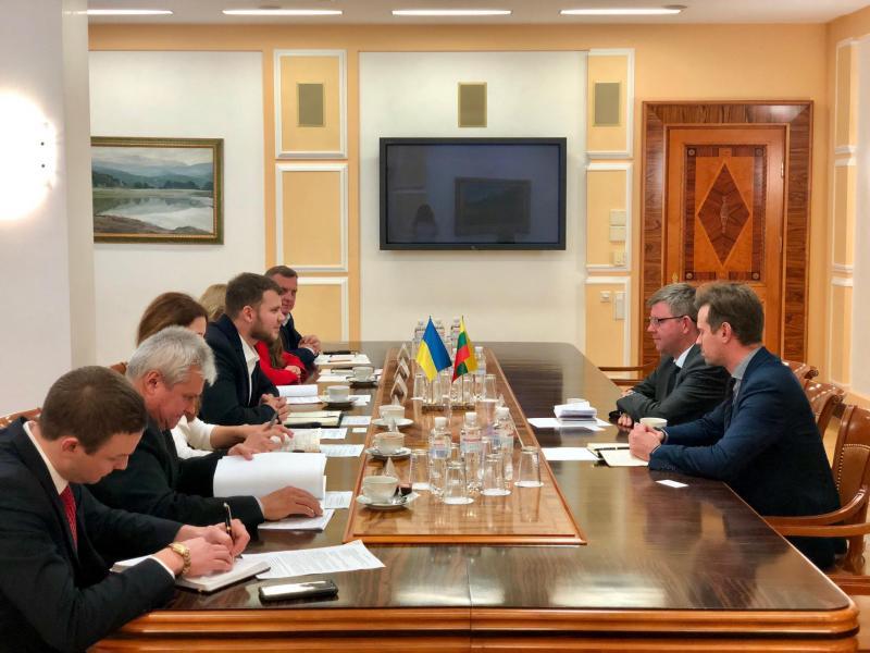 Владислав Криклій провів зустріч із Надзвичайним і Повноважним Послом Литовської Республіки в Україні Марюсом Януконісом