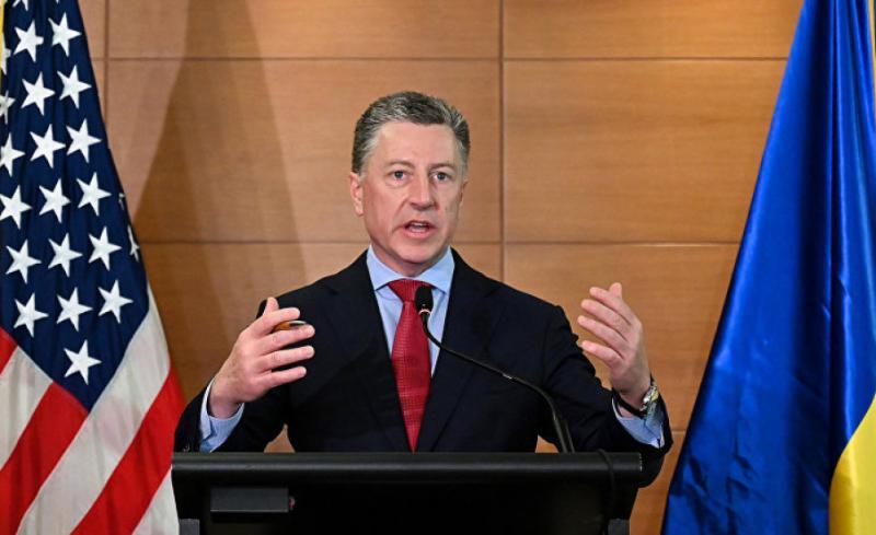 Волкер звільнився з керівної посади в Інституті МакКейна у США