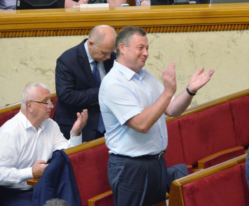 Наступного тижня ВРУ голосуватиме за зняття депутатської недоторканності із Дубневича, - Арахамія