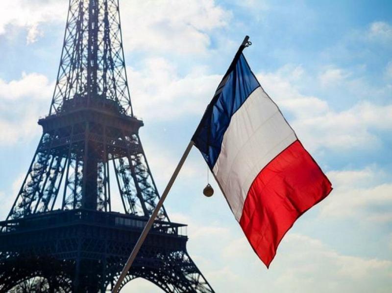 Париж зупинив експорт зброї до Туреччини