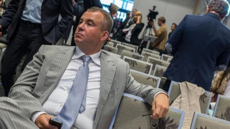 Нагороди викривачам корупції, затримання Гладковського та подання на Дубневича: Головне за 17 жовтня