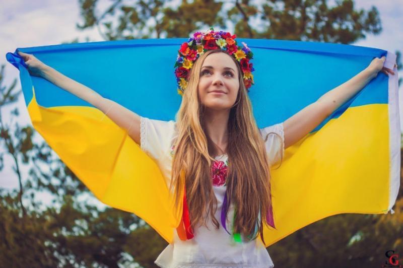 """Рейтинг Freedom House: Україна є """"частково вільною"""" країною"""