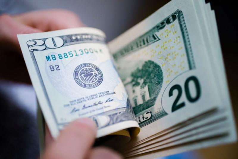 Міжбанк відкрився доларом по 24,87 гривень, євро - по 27,79 гривень