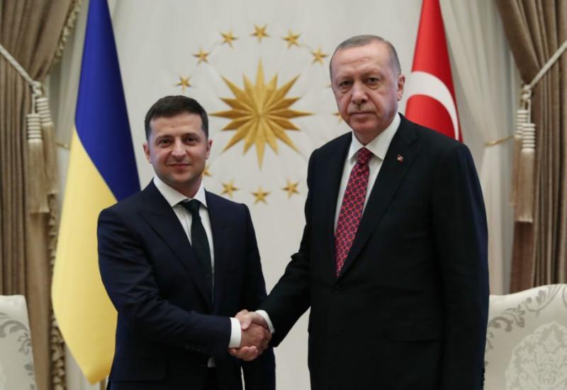 Зеленський провів телефонну розмову з президентом Туреччини