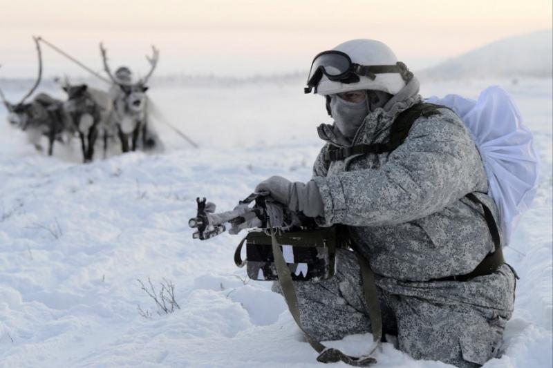 Росія зміцнює військову присутність в Арктиці