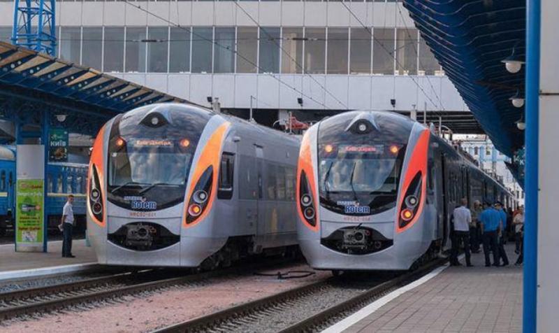 """""""Укрзалізниця"""" планує збільшити кількість швидкісних поїздів Інтерсіті+"""