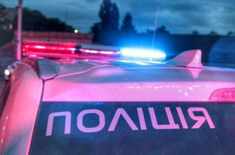 """У Києві підірвали автомобіль, введено план """"Сирена"""""""