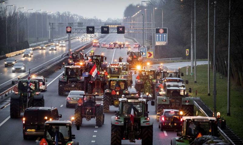 У Нідерландах фермери і будівельники протестують проти політики скорочення викидів