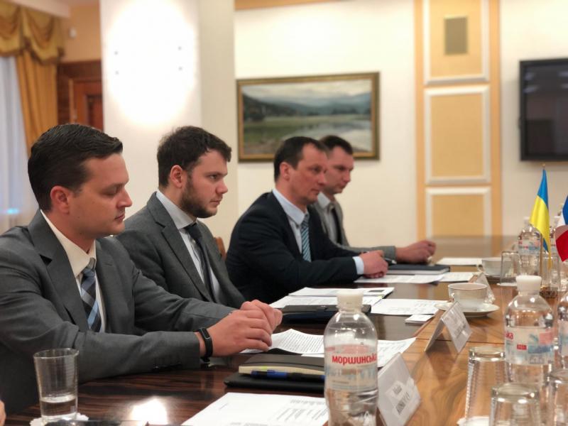 Міністр інфраструктури України Владислав Криклій провів зустріч із представниками компанії Airbus