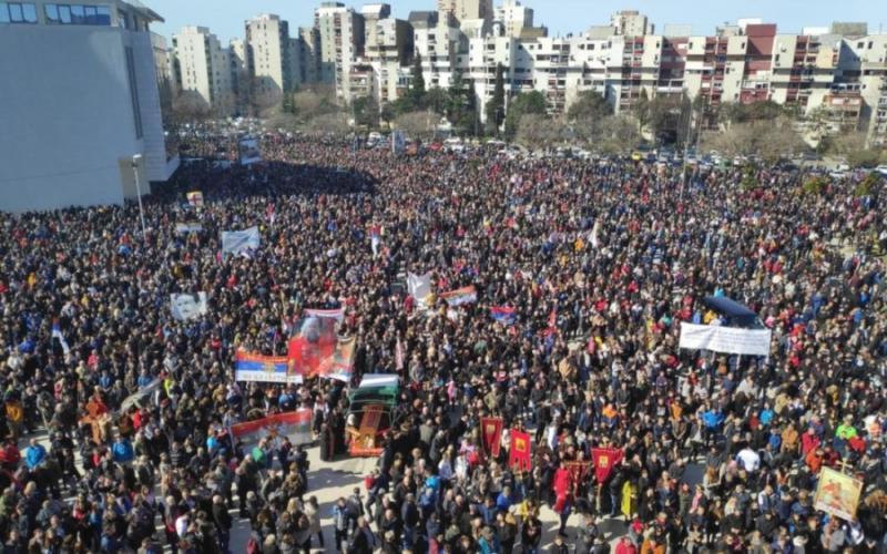 Глава УПЦ (МП) Онуфрій очолив масштабний протест сербської церкви в Чорногорії