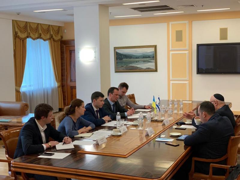 Дмитро Абрамович зустрівся із Надзвичайним і Повноважним Послом Ізраїлю в Україні Джоелом Ліоном