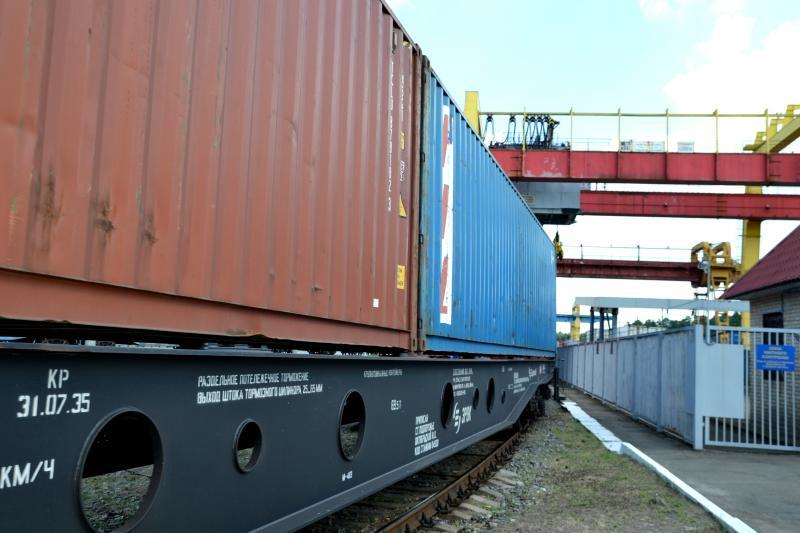 Укрзалізниця вдвічі збільшила об'єми контейнерних перевезень, - Владислав Криклій