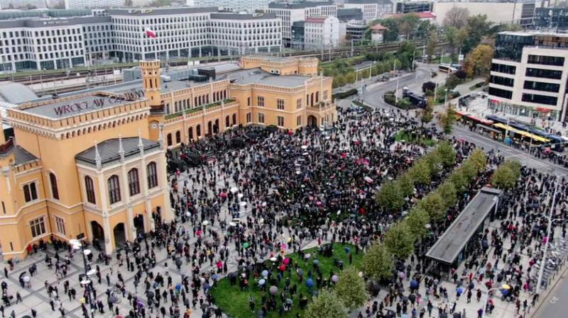 У Польщі нові протести проти заборони абортів