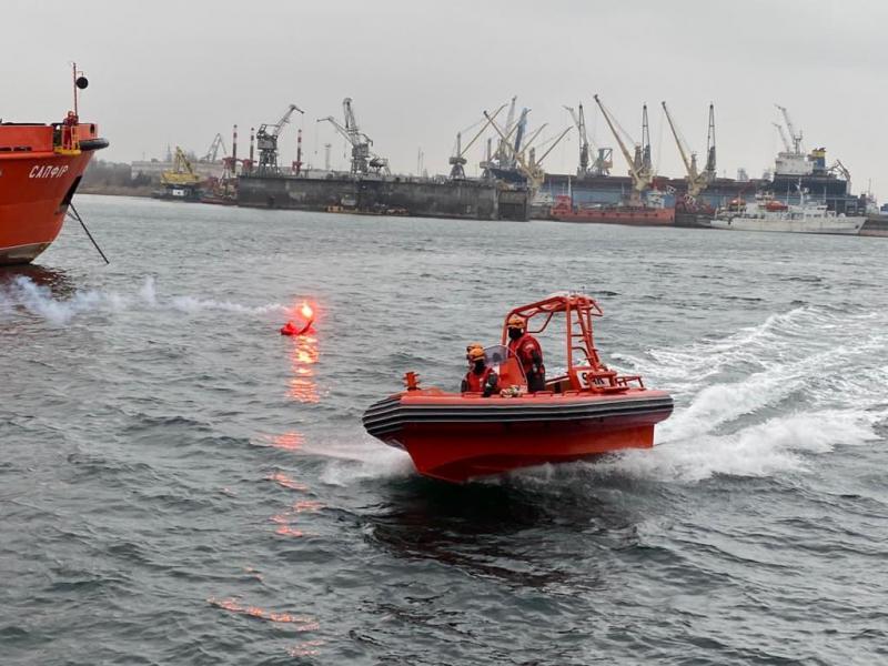 Навчання екіпажу р/с «Сапфір» у порту Чорноморськ