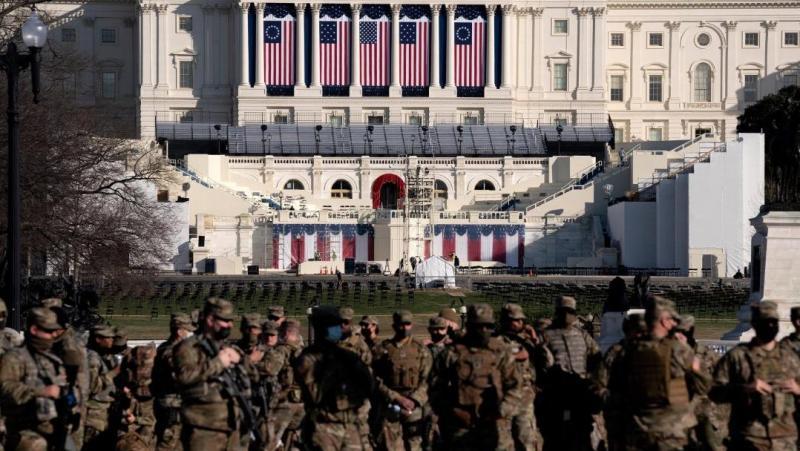 Інавгурація Байдена: у США готуються до збройних протестів, центр Вашингтона закритий